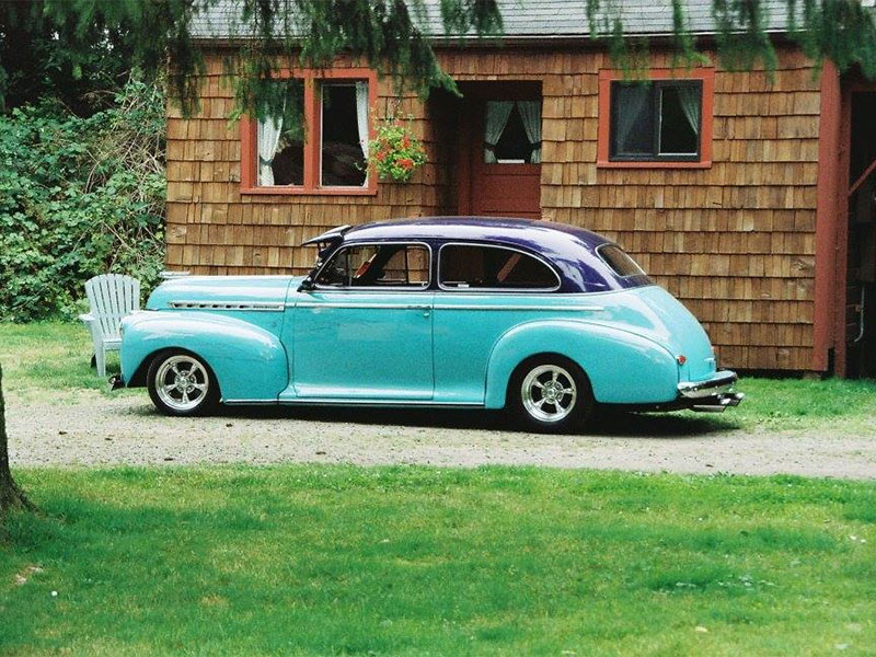 ocean park vintage car at motel