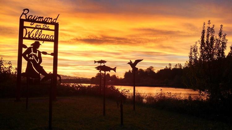 sunset at willapa