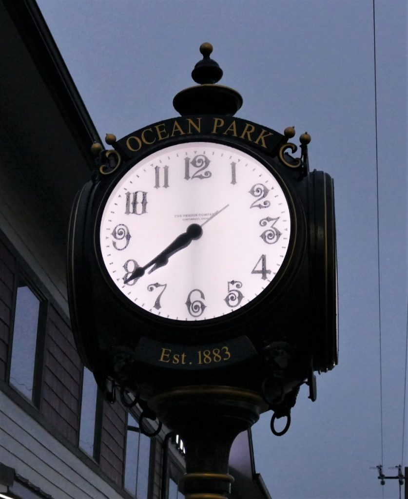 ocean park clock close up